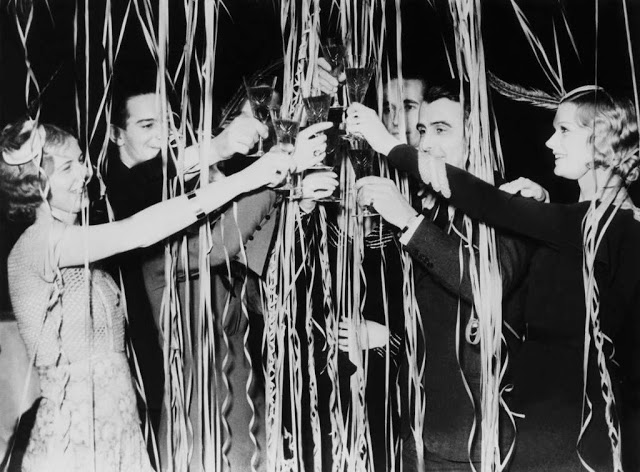 vintage-new-years-eve-photos-20